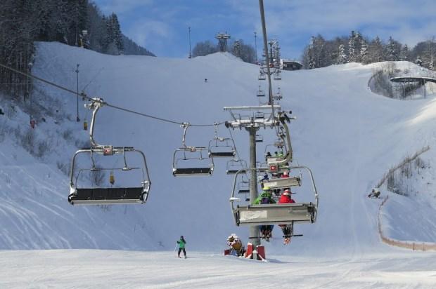 Mit dem Skilift führ ich in die Höhe