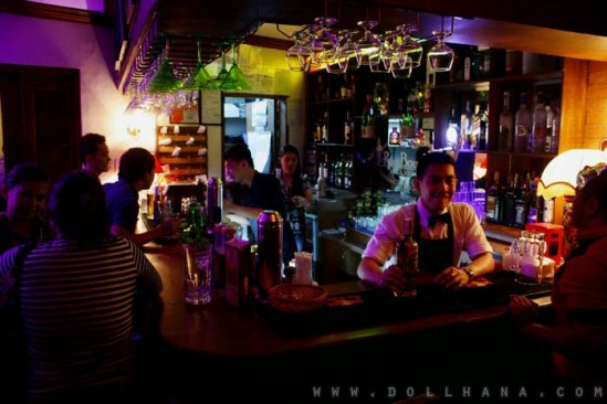 Rue Bourbon Eastwood bar restaurant quezon city