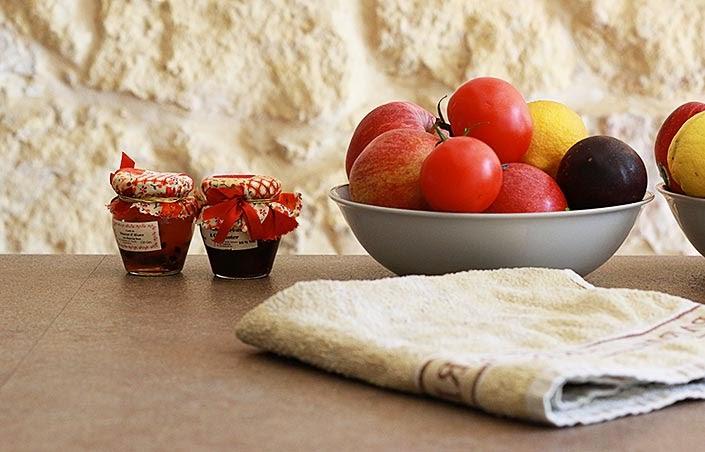 ma cuisine et mes astuces déco, rangement fonctionnel cuisine, décoration cuisine, aménager une cuisine de location, concours déco cuisine homy