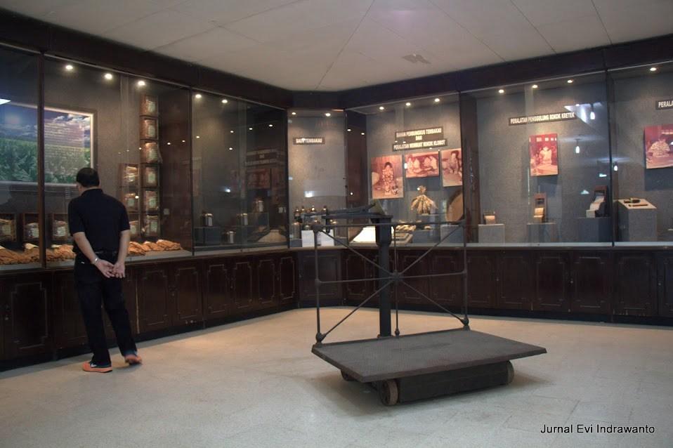 koleksi museum kretek kudus