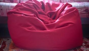 red eazy bean bag