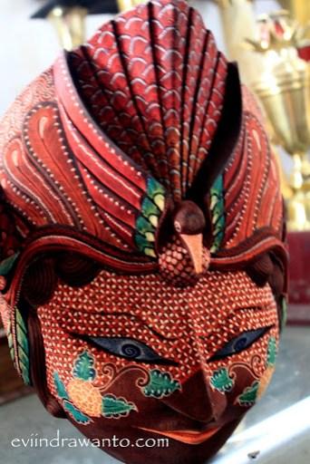 Topeng Batik dari Desa Wisata Bobung