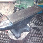 I got the anvil unscrewed from the trailer today and spent some time with it