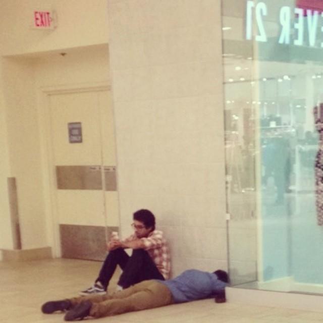 #Miserable Men:讓 Instagram 告訴你男士陪逛街到底有多無奈 2