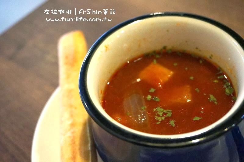 左拉咖啡館Zola-cAFE-番茄湯好濃郁