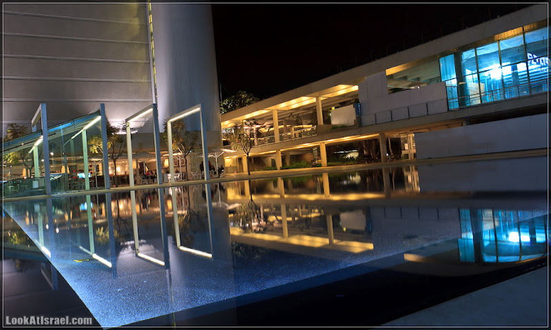Одно фото / Тель Авив, театр «а-Бима»