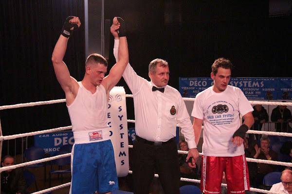 Niels Kesteloot vs Jonathan Vanoverbeke, boksmeeting Harelbeke 22 maart 2014