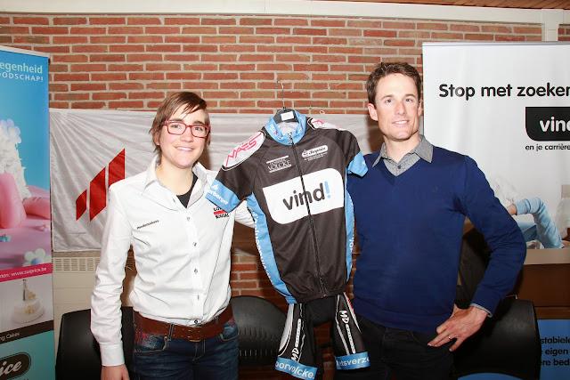 Lieselot Decroix en Kristof Vandewalle als peter en meter van Vind Cyling Project