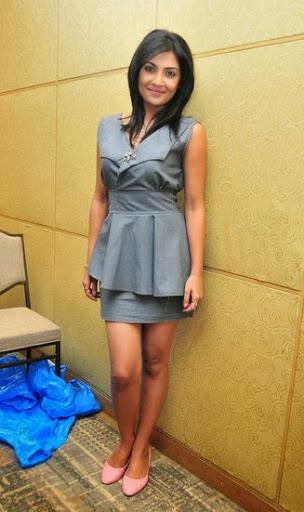 Kamalinee Mukherjee Height