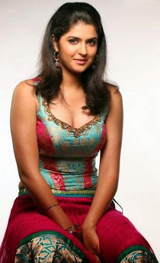 Deeksha Seth Body Size