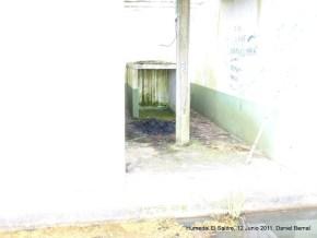 Restos de fogatas en el Humedal El Salitre