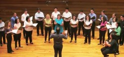 Coro Juvenil del Conservatorio de Música Simón Bolívar cierra con este concierto sus actividades hasta septiembre de 2013 cuando se vuelvan a reanudar