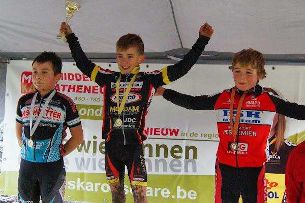 Podium Miniemencross 11 jaar MSKA Roeselare
