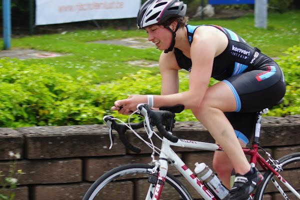 Ann-Sophie Van Hoecke - 1/8e triatlon Roeselare - 1 juni 2014