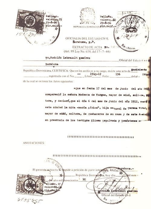 Partida de nacimiento de María Montez que demuestra que su auténtica fecha de nacimiento es 1912 y que sus padres no estaban casados.