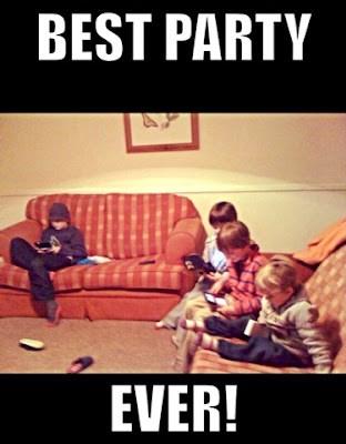 best party ever https://muminanutshell.com