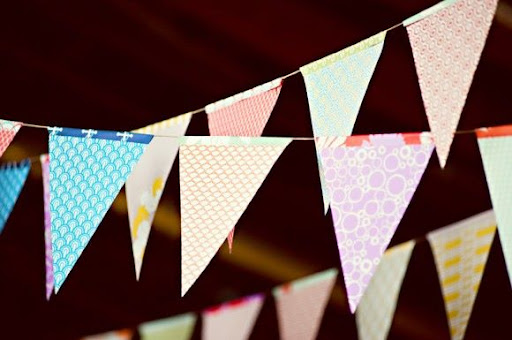 Tuesday's Resourceful Little Idea: DIY Recycled Paper Bunting (4/6)