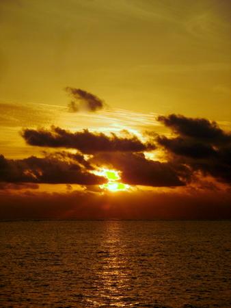 Alba Africana sull'oceano