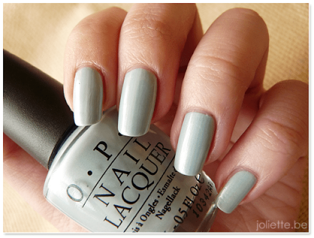 NOTD: I Vant to Be A-lone Star