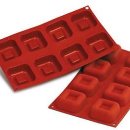 Moule silicone 8 savarins carré 65×65 H26 SF082