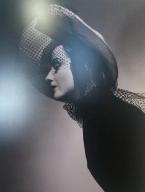 Harrod's Hatshop advertisment, 1938
