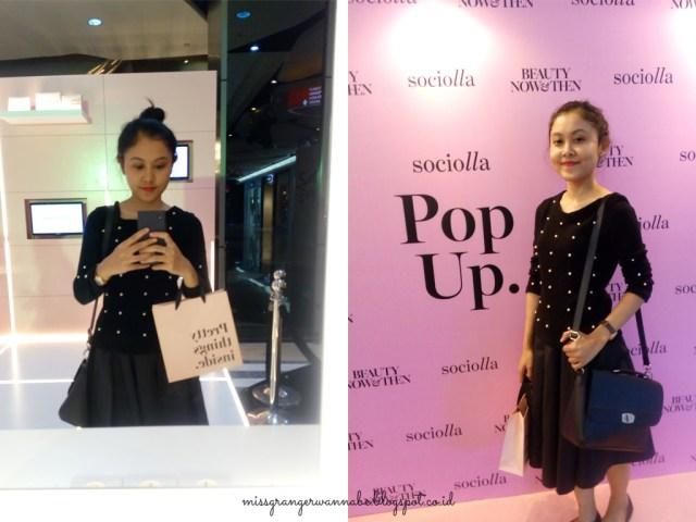 sociolla-pop-up-store-20s-dress-code