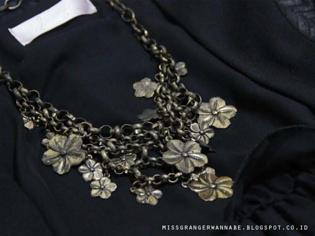 vintage-necklace-2