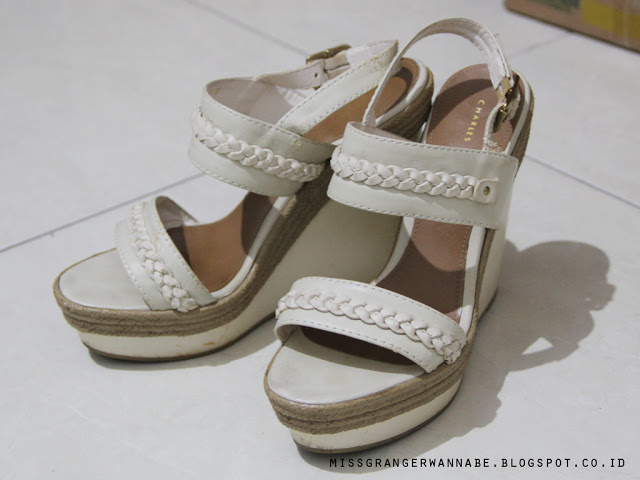 wedges-charles-and-keith-3