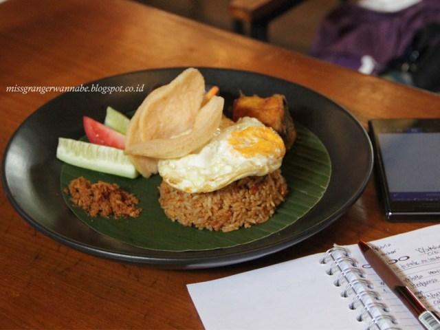 historia-food-bar-fried-rice