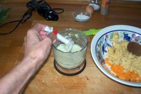 buñuelos de cebolleta y garbanzos