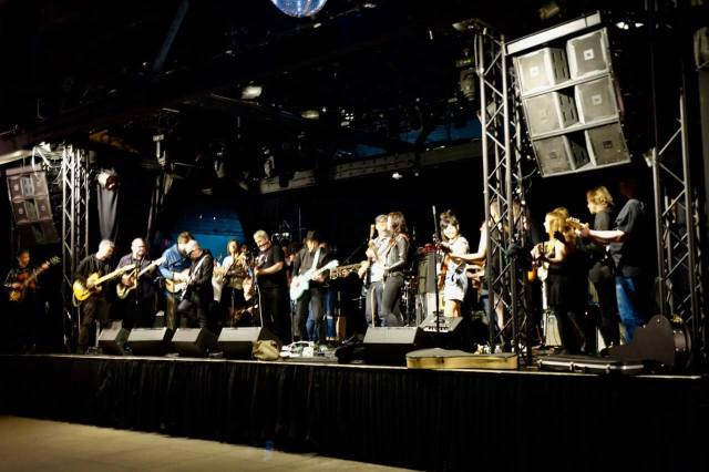WIRE Pink Flag Guitar Orchestra soundcheck