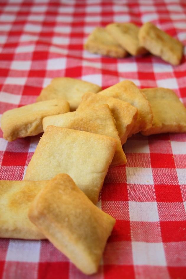 狗狗健康料理&甜點-健康無糖牛奶餅乾-2