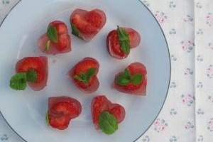 大黃根草莓果凍塊