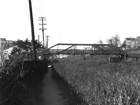 Bader Street Bridge