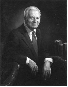 Dr. Benjamin Felson