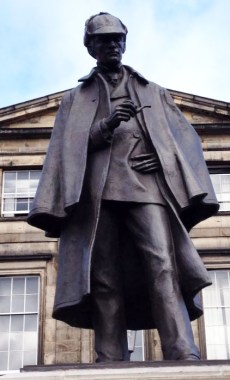Sir Arthur Conan Doyle statue