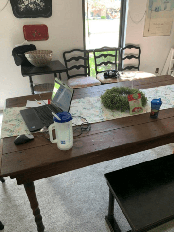 Dining room workspace