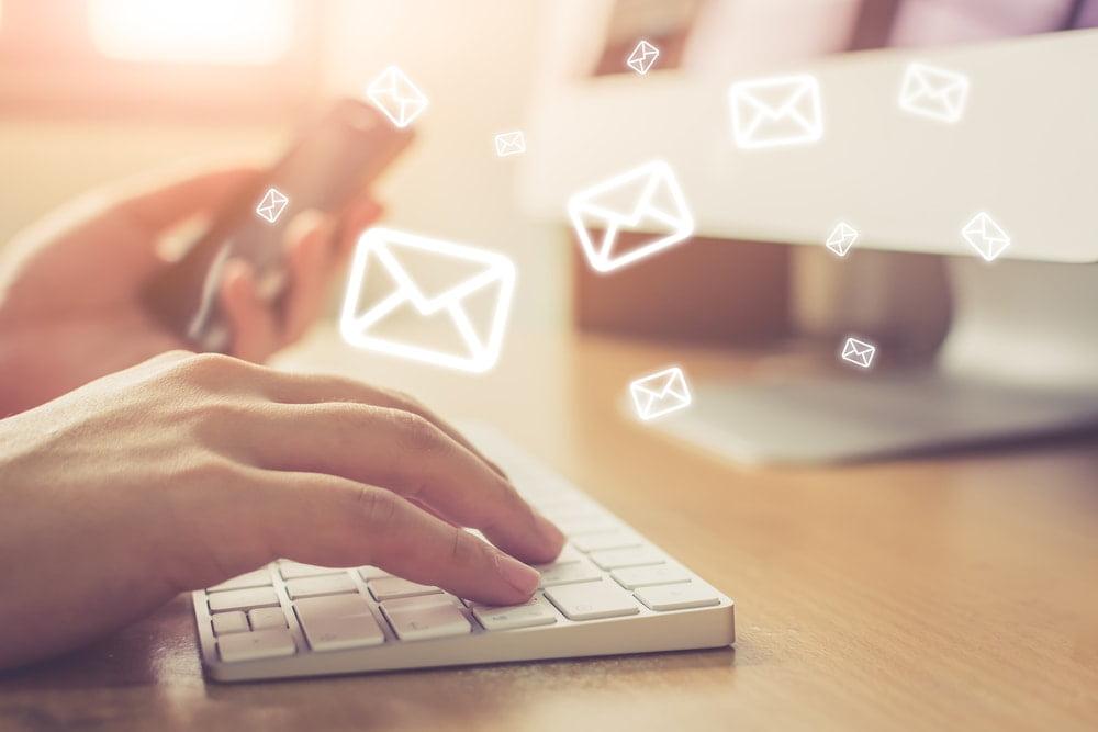 売れるホステスがメールやLINEの返信スピードを重視する理由