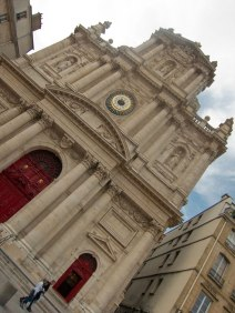 Here you see the facade of the St. Paul/Louis Church.