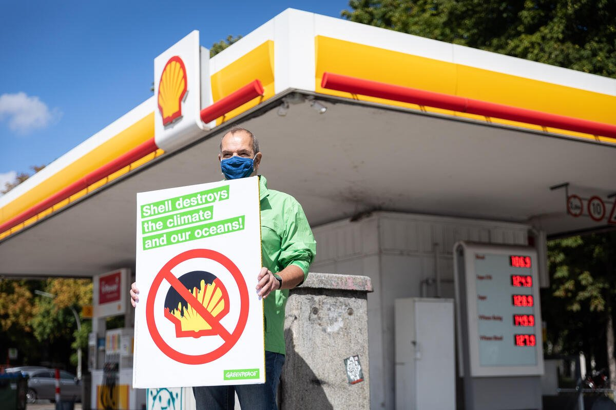 Historic verdict in climate case against Shell