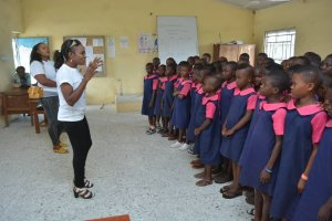 Sarah Smooth takes Girl Child Education to Oboro, Tuomo, Okpokunu, Enekorogha in Delta