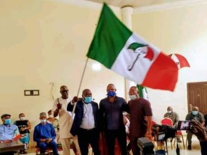LG Polls: Jubilation as PDP presents flags to chairmanship candidates in Delta