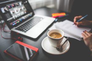 Que tal trabalhar como  Web designer em casa?
