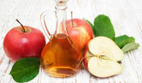 immagine aceto di mele