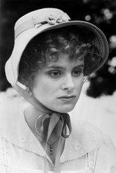 female images: Elizabeth Garvie as Lizzie Bennet