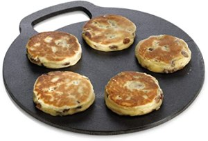 Welsh cakes on a bakestone