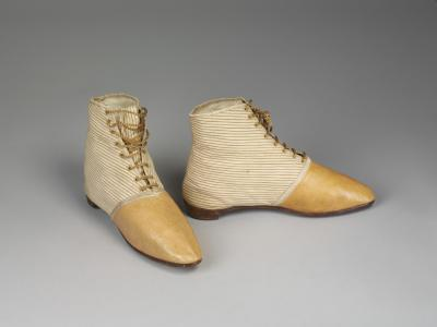 buff cotton and leather half-boots 1815-20 © Victoria and Albert Museum, London