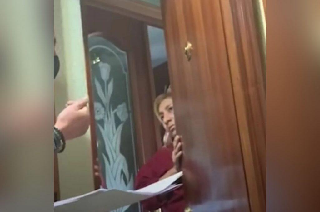 Empleada doméstica oculta muerte de su patrona para quedarse con la casa