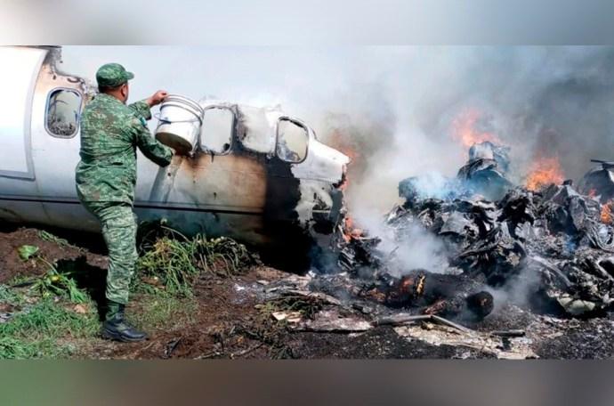 Muestran los impactantes y desgarradores videos de los cadáveres de militares fallecidos