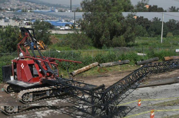 Enorme grúa que se desploma mata a cinco personas y deja dos lesionados; sucedió en Ecatepec, Estado de México